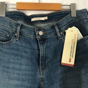 LEVI'S 711 Skinny Jeans - Vintage Soft Stretch